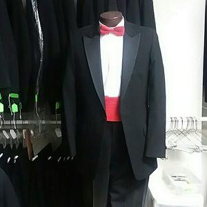 Men s Used Tuxedos on Poshmark 5957ddc35b27